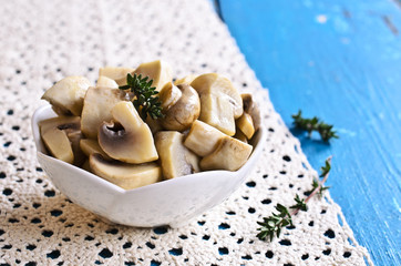 Preserved mushrooms