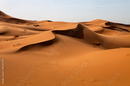 Spoed canvasdoek 2cm dik Marokko large dunes in the Sahara deformed by the wind, Morocco