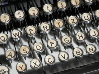 Tastiera di macchina da scrivere