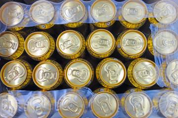 Packaging beer in cans