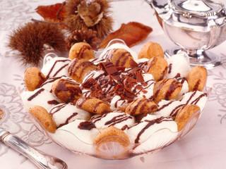 Dessert al mascarpone, fuoco selettivo