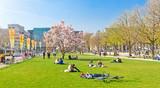 Stuttgart im Frühling - Schlossplatz