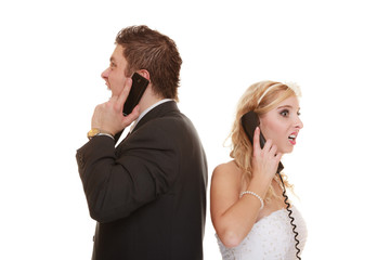 Wedding couple relationship difficulties.