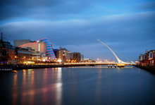 "Постер, картина, фотообои ""Bridges of Dublin Ireland"""