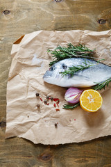 sea bream with onion, lemon and rosemary