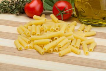 Raw rigatoni pasta
