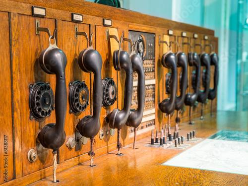 Leinwanddruck Bild Alte Telekommunikationsanlage