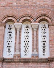 small columns on the facade