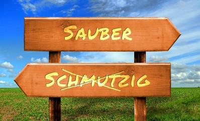 Strassenschild 33 - Sauber