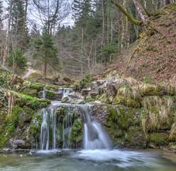 Hinwiler Tobel mit Wasserfall