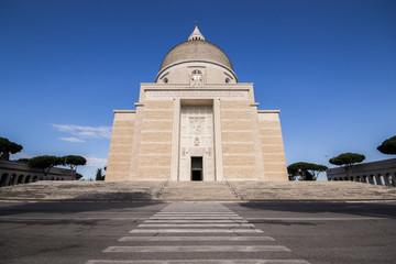 Basilica dei Santi Pietro e Paolo - Roma