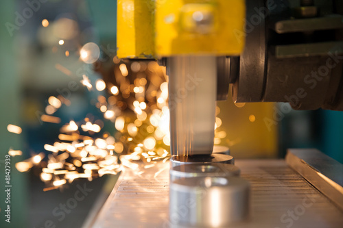 Leinwanddruck Bild Finishing metal working on horizontal surface grinder machine