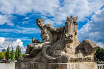 Reiterskulptur an der Reichenbachbrücke in München