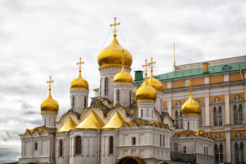 gold domes of Annunciation Cathedral in Moscow Kremlin,