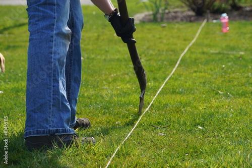 Rasen abstechen - 81455115