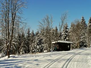 Skihütte mit Loipen
