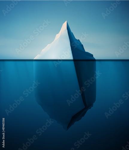 Samotna góra lodowa