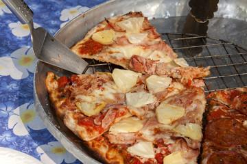 Ham with pineapple pizza