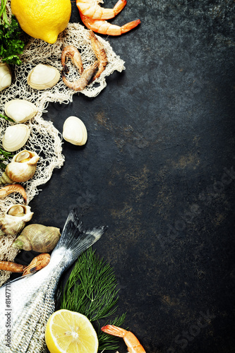 Fresh seafood - 81477119