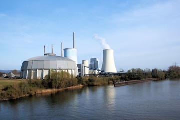 Kraftwerk Staudinger bei Großkrotzenburg