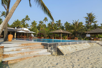 Ngwe Saung Beach - nice resort on the palm beach