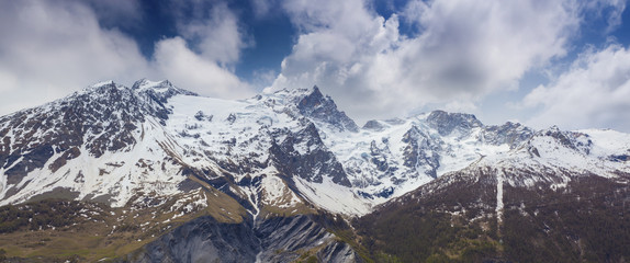 Snowy spring panorama of the Le Rateau, Est, Meije peaks.