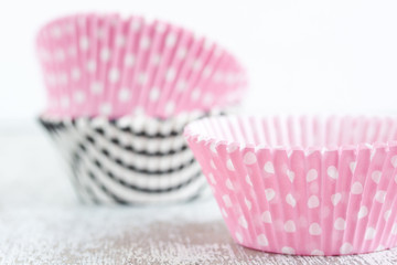 paper baking cups for muffin and cupcakes