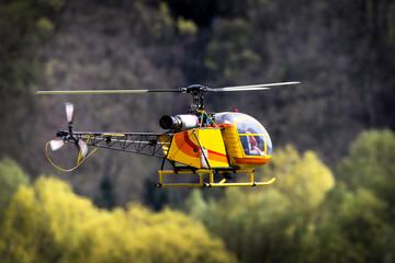 modello di elicottero a turbina