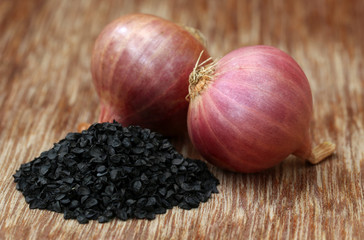 Onion with seeds
