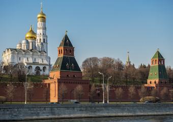 Россия. Город Москва. Кремль в лучах заката.
