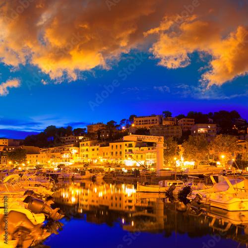 Leinwanddruck Bild Port de Soller sunset in Majorca at Balearic island