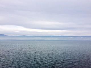 Mountains behind lake Geneva