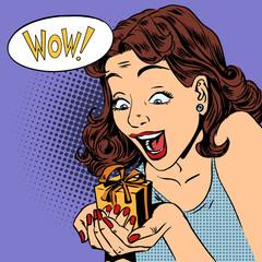 woman glad gift wow pop art comics retro style Halftone