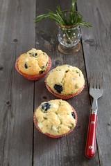 Herzhafte Muffins mit Rosmarin