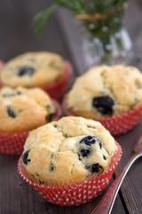 Schafskäse und Oliven Muffins