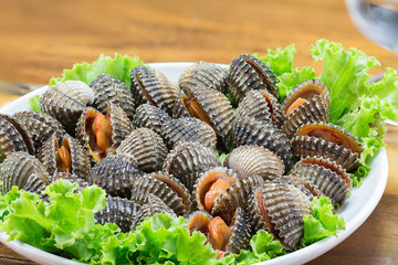 Boiled cockles and sea food