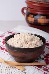 Porridge of crushed barley with milk
