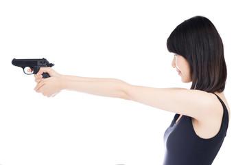 銃を構える女性