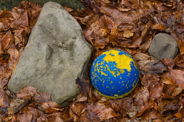 Ball and stone