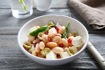 Tasty salad in a bowl