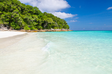 Crystal clear sea and white sand beach at Tachai island, Thailan