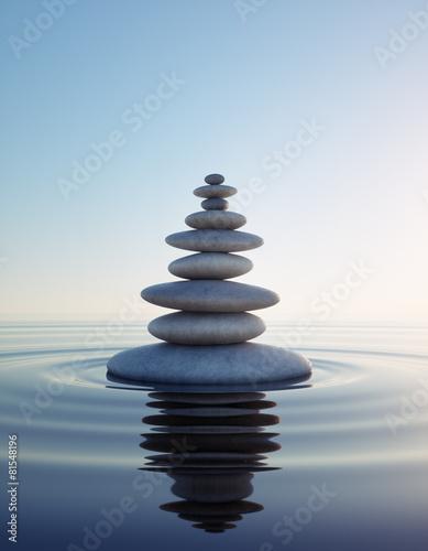 kamienna-wieza-w-jeziorze