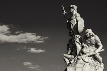Sculpture vittoriano rome black and white