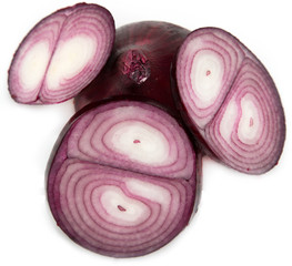 sliced ​​red onion on white background