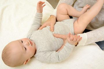 Heilpraktiker bei Baby Osteopathie