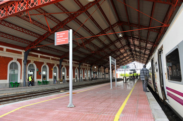 Estación de tren, Medina del Campo, Valladolid, España