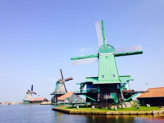 sightseeing of windmills in netherlands
