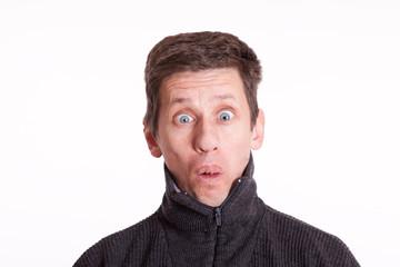 Mann mit erstaunten Gesicht - isoliert