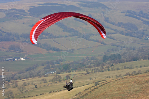 paraglider in Brecon Beacons - 81579595