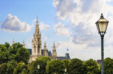 Blick auf das Rathaus in Wien